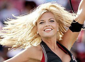 Bucs cheerleader