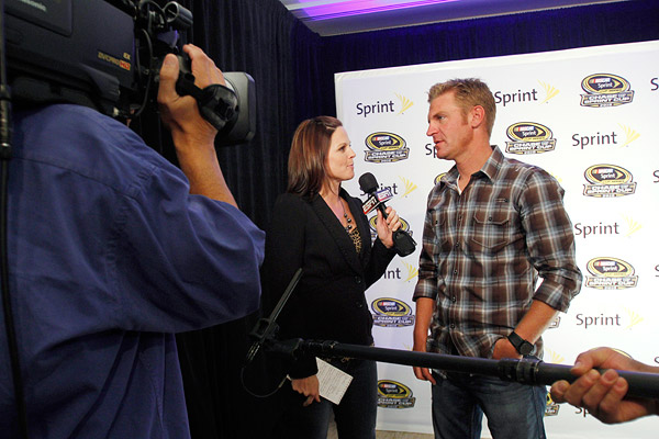Everyman Clint Bowyer is a charging dark horse in NASCAR\'s Chase ...