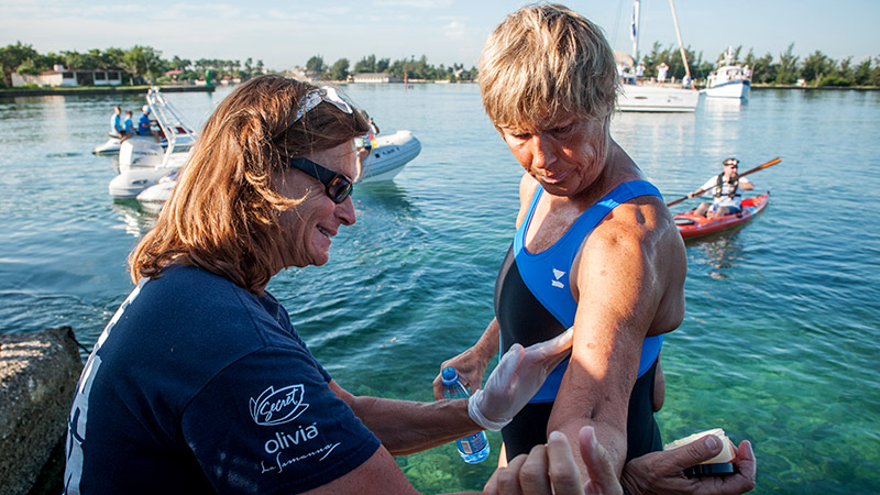Diana Nyad Becomes First Person To Complete Cuba Florida Swim
