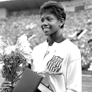 a biography of wilma rudolph an olympic medalist Rudolph, who was born weighing 45 pounds, spent the majority of her  wilma  rudolph - the first american woman to win 3 gold medals at.