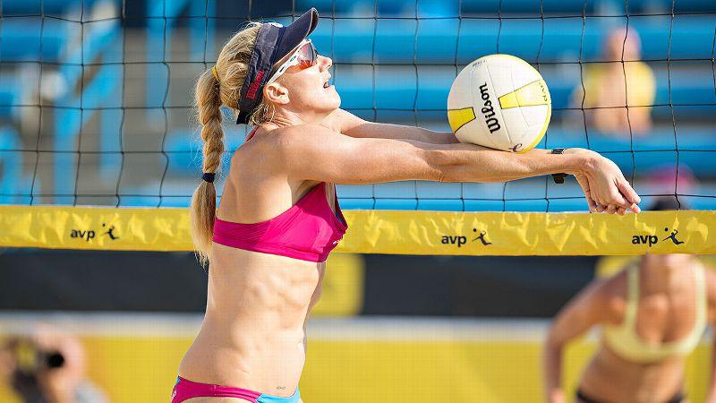 beach volleyball court size