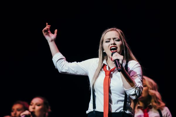 Divisi fights for female a cappella groups in ICCA finals