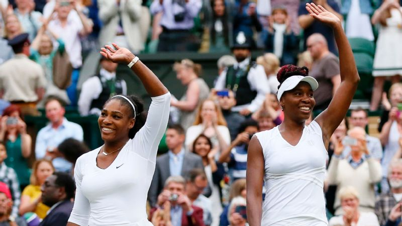 Venus Throws Herself At Waiting Arms Of >> Road To 23 The Story Of Serena S Path To Greatness