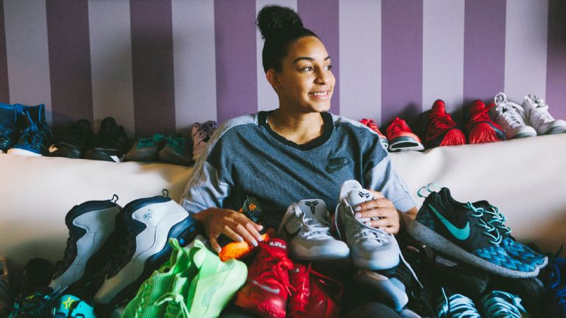 133abe462a91 With a collection that boasts retro Jordans