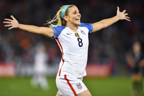 41aa4028e7c Julie Ertz scores twice as United States women's soccer beats New ...