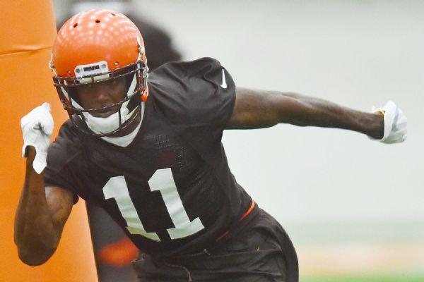 c8e286cbb20 Browns wide receiver Antonio Callaway runs a drill during rookie minicamp.