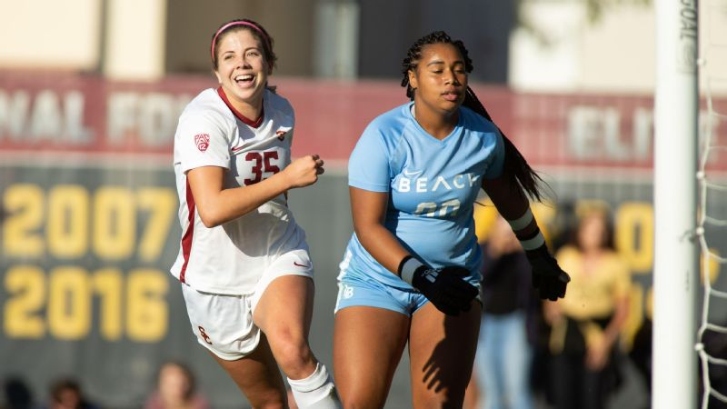 Stanford Cardinal s intertwined soccer and volleyball teams ... 815d73e07e