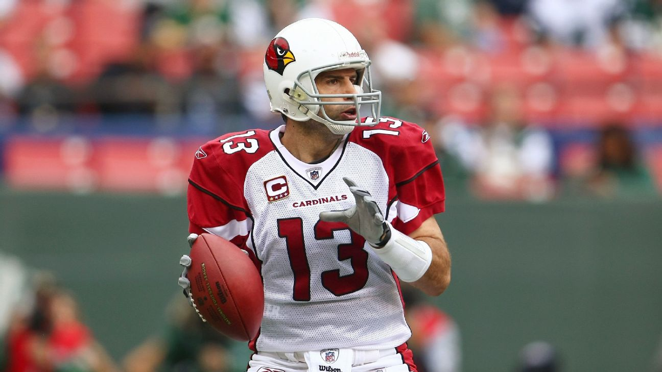 Kurt Warner threw for 4,583 yards and led the Cardinals to a Super Bowl berth in the 2008 season.
