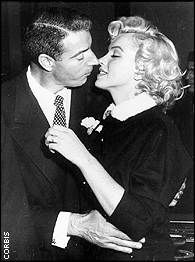 DiMaggio and Monroe marry