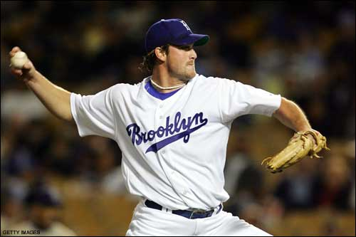 Lukewarm Stove: Cubs Are Looking at Derek Lowe?