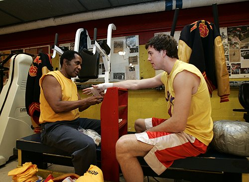 Emanuel Steward (left)