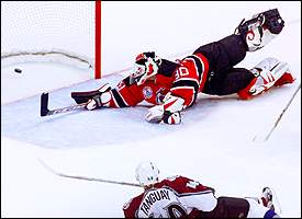 Nhl Playoffs 2001 Stanley Cup Championship Mistakes Catch Up With