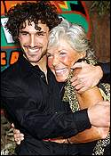 Ethan Zohn and fellow finalist Kim Johnson