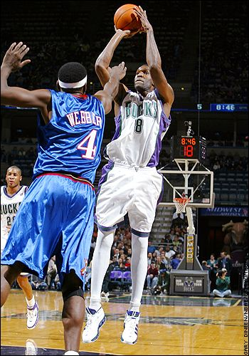 If u0026#39;tightsu0026#39; were still legal in the Nba do you think players would still be wearing them? - Page 2