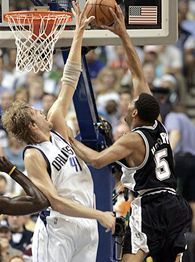 Dirk Nowitzki & Robert Horry