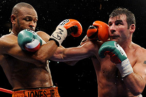 Joe Calzaghe, Roy Jones