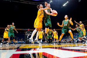 Seattle Storm and Tulsa Shock