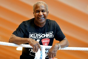 box a steward d1 300 Famed trainer Emanuel Steward dies