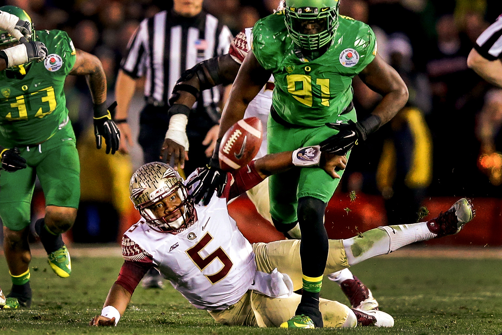 The Rose Bowl Arguably Biggest Stage In Sport Hosted A Pair Of Heisman Trophy Winners Battling Against Each Other For