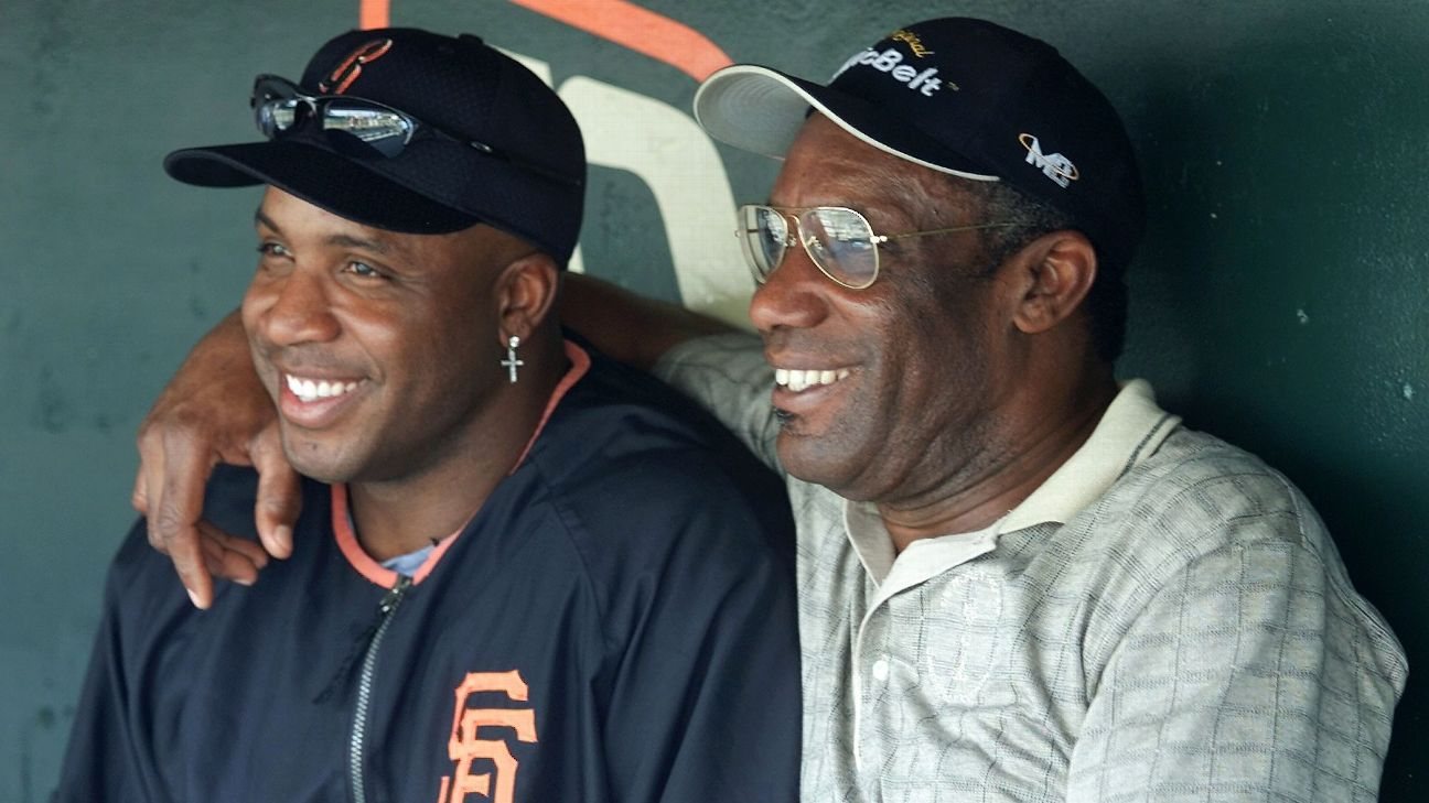 Barry Bonds (left) and Bobby Bonds each hit 30 home runs and stole 30 bases in five different seasons.