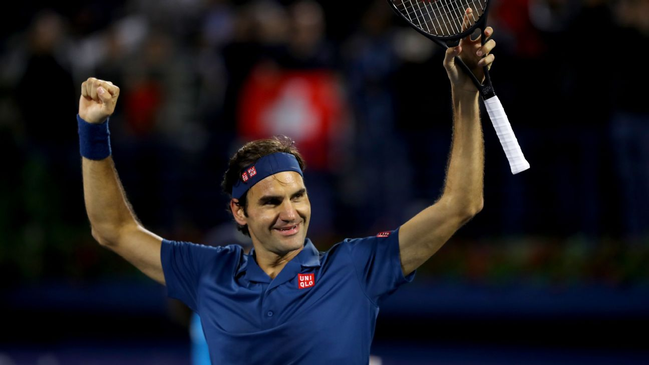 Roger Federer has secured the 100th title of his career with a win at the Dubai Championships on Saturday.