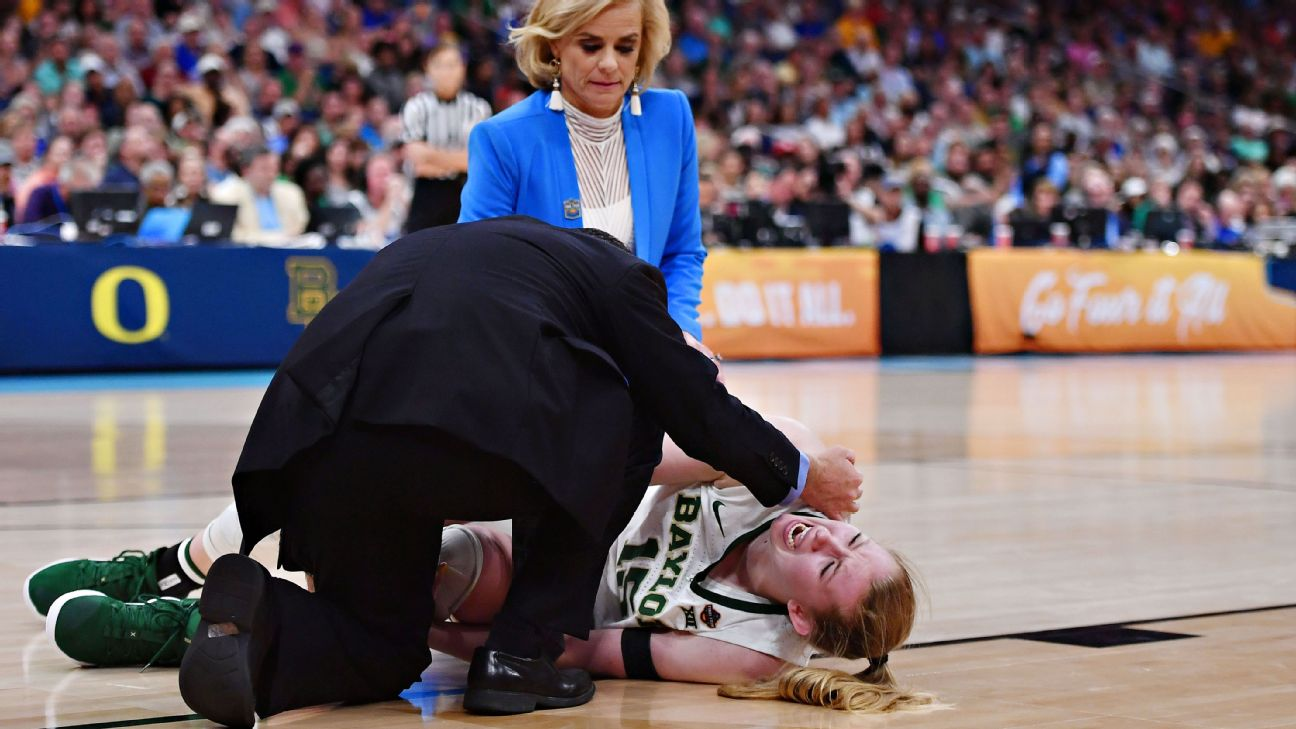 When Lauren Cox went down with an injury to her left knee, Baylor led 62-50 with 1:22 to play in the third quarter. Notre Dame eventually took the lead 77-76, but Baylor rallied for an 82-81 win.