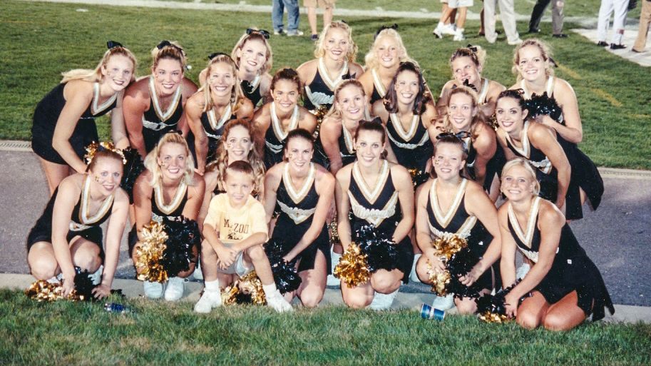 Lock's Missouri ties run all the way back to when he was 3 years old, when his parents photographed him with Tigers cheerleaders. His father and grandfather also played for Mizzou.